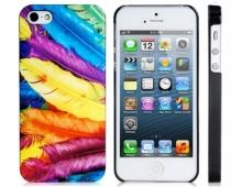 Пластмасов калъф с шарени пера за iPhone 5/5s