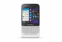 Смартфон BlackBerry Q5, процесор 1.5 GHz двуядрен, Wi-FI, GPS, Bluetooth