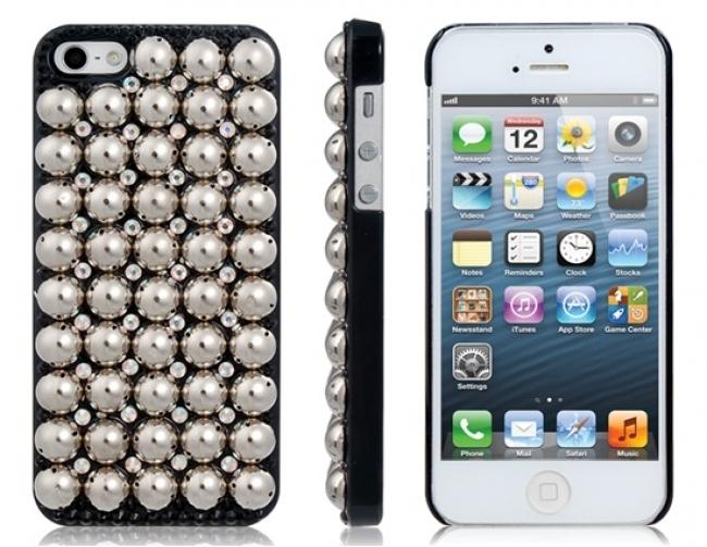 Пластмасов калъф метални капси черен за iPhone 5/5s