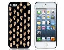 Пластмасов калъф черепи черен за iPhone 5/5s